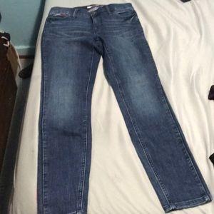size 4 tommy jeans
